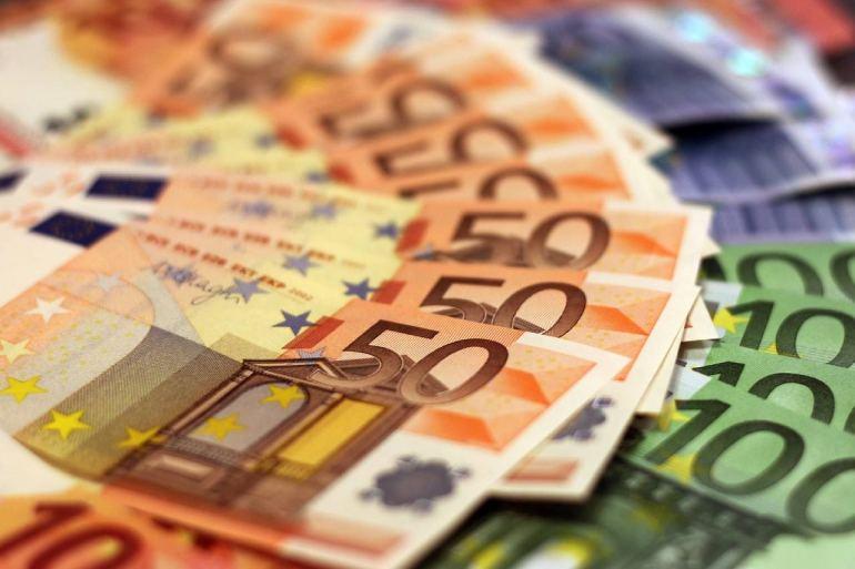 fake counterfeit money